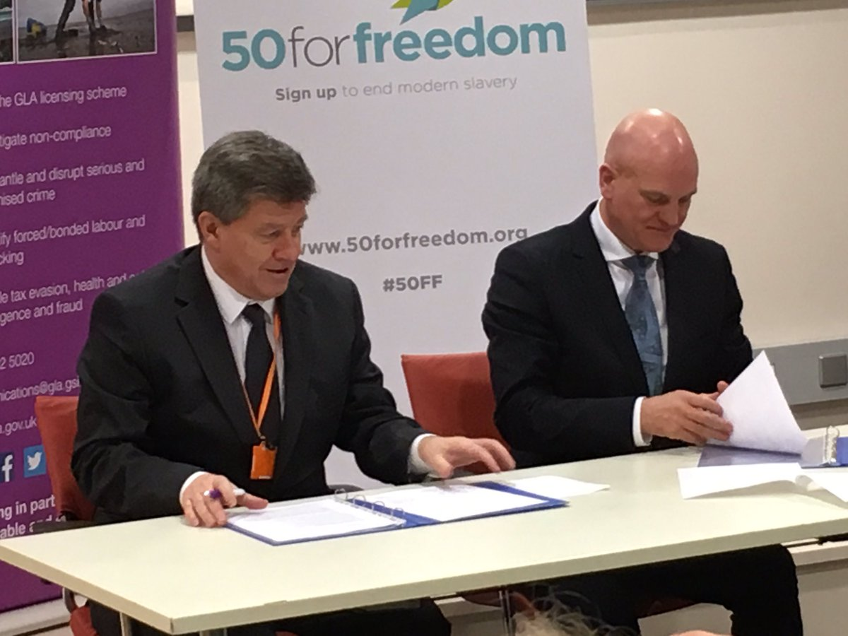 Guy Ryder and Paul Broadbent sign letter of intent